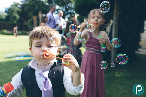 Bubbles-kids-wedding-entertainment