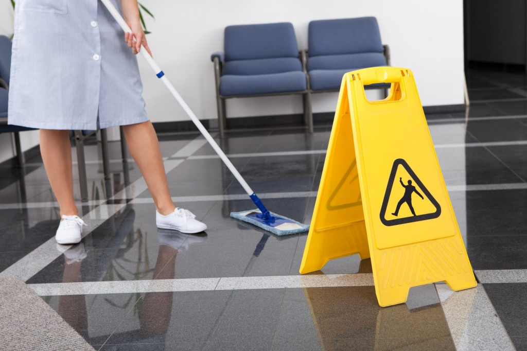Office-Cleaning-Services-Singapore-1024x682