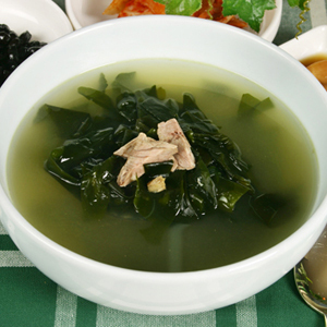 korean-seaweed-soup