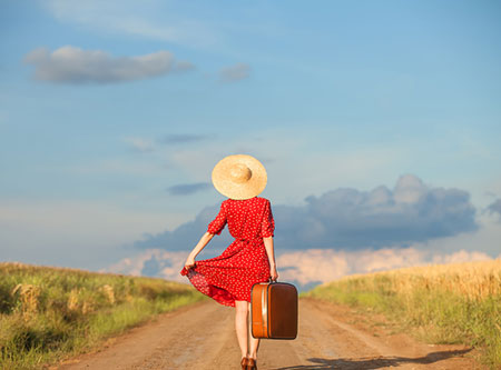 women-travelling-alone